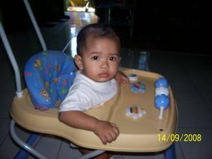 Umur 10 bulan